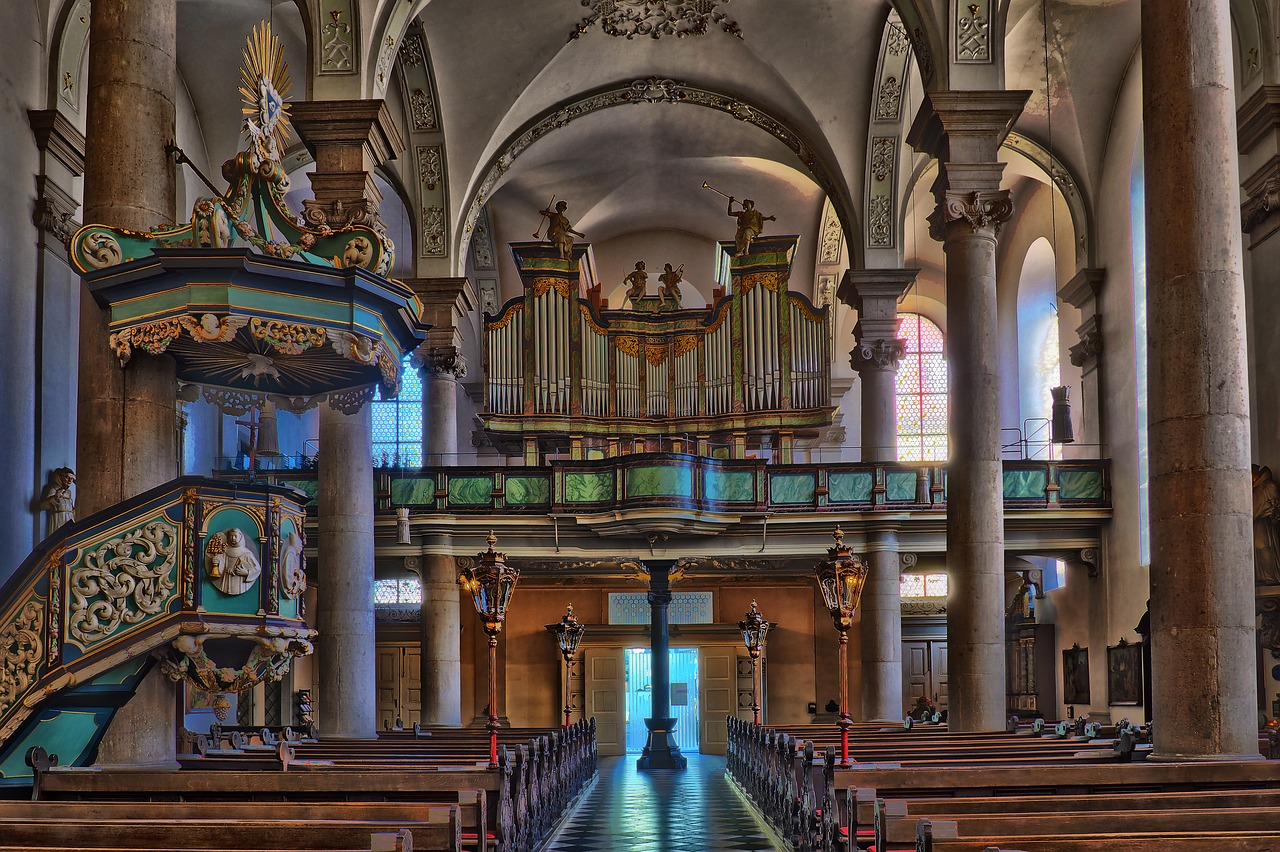 Liczne kościoły w Śremie